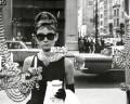 Audrey Hepburn colazione da Tiffany 2